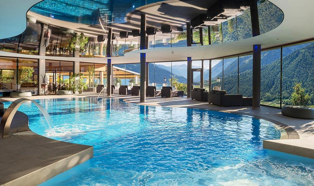 Piscina coperta hotel panorama - Fabbisogno termico piscina coperta ...